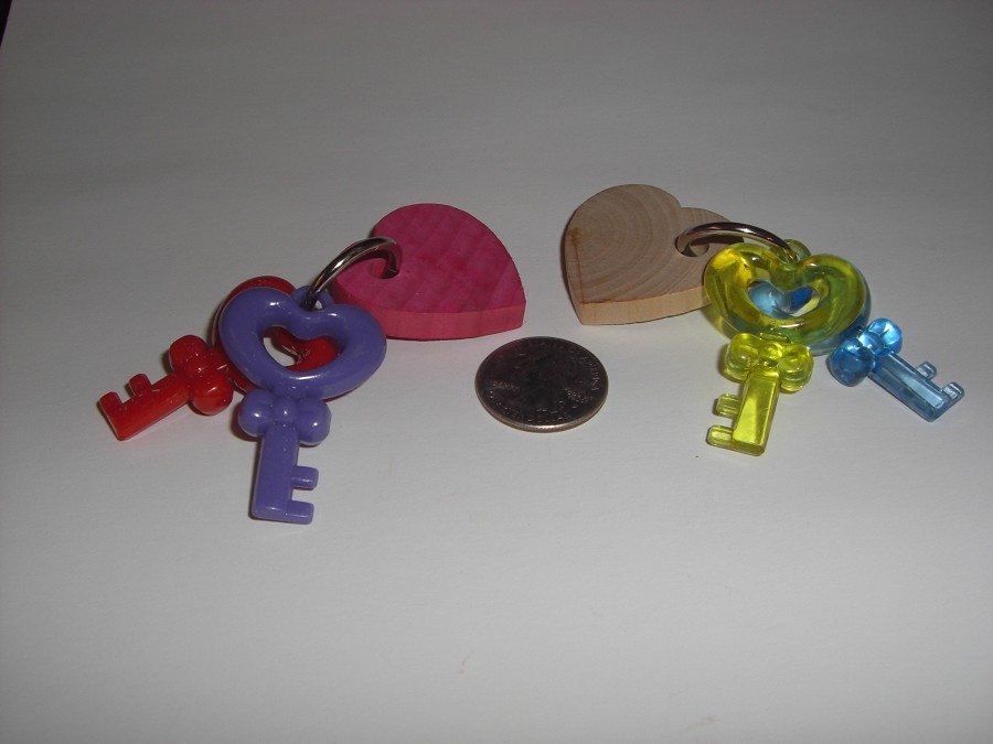 Medium Key to My Heart Foot Toy